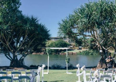 Novotel-twin-waters-resort-simple-ceremony