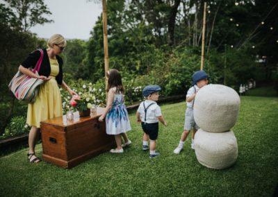 Romantic-Garden-Wedding_kids-area
