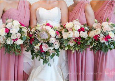 beach-wedding_bridesmaid_flowers