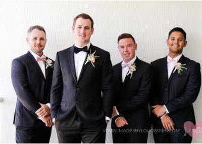beach-wedding_groomsmen