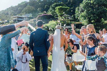 hinterland-wedding_ceremony-confetti_1