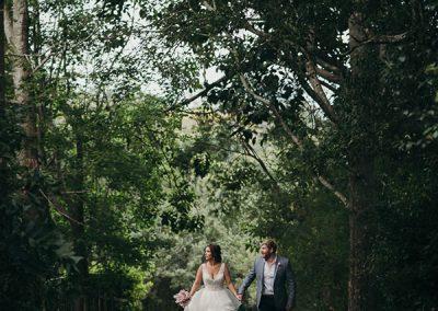 Dani_Garry_Romantic-Garden-Wedding_Bonnie-Jenkins-Photography_SBS_022