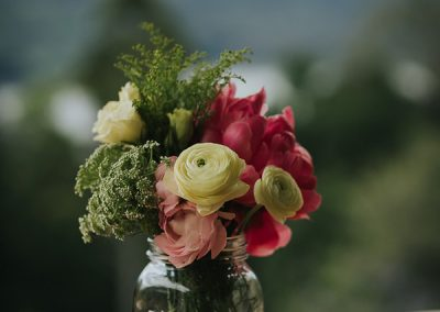 Romantic-Garden-Wedding_styling_centerpiece